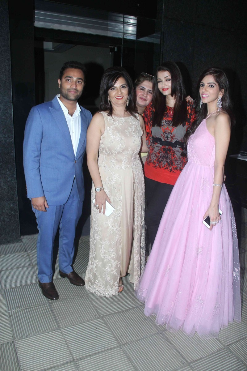 Nishka Lulla's Wedding Brunch Party,Nishka Lulla's Wedding,Nishka Lulla's Wedding party,Nishka Lulla,Celebs at Nishka Lulla's pre-wedding brunch,Celebs at Nishka Lulla's pre wedding party,Nishka Lulla's pre wedding party