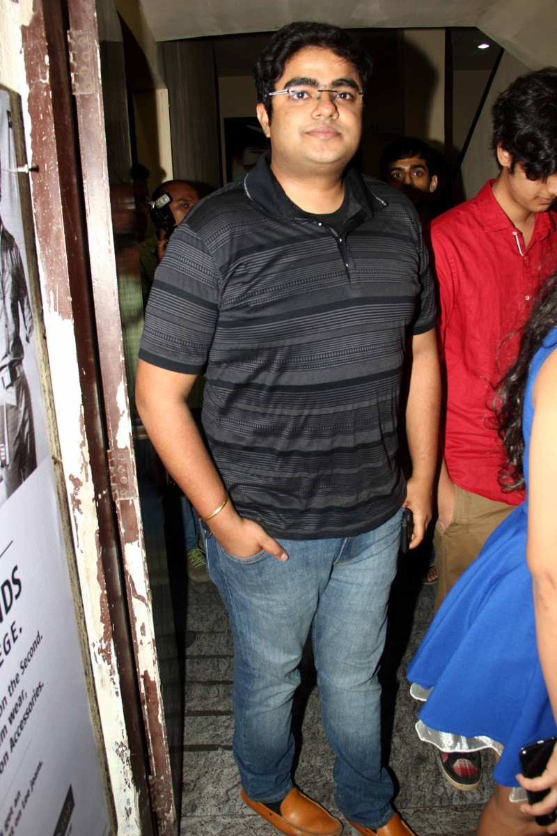 Sonam Kapoor watch Dil Dhadakne Do at PVR Mumbai,sonam Kapoor,Dil Dhadakne Do,Dil Dhadakne Do special screening,Dil Dhadakne Do review,Sonam Kapoor pics,Sonam Kapoor images,Sonam Kapoor photos,Sonam Kapoor stills