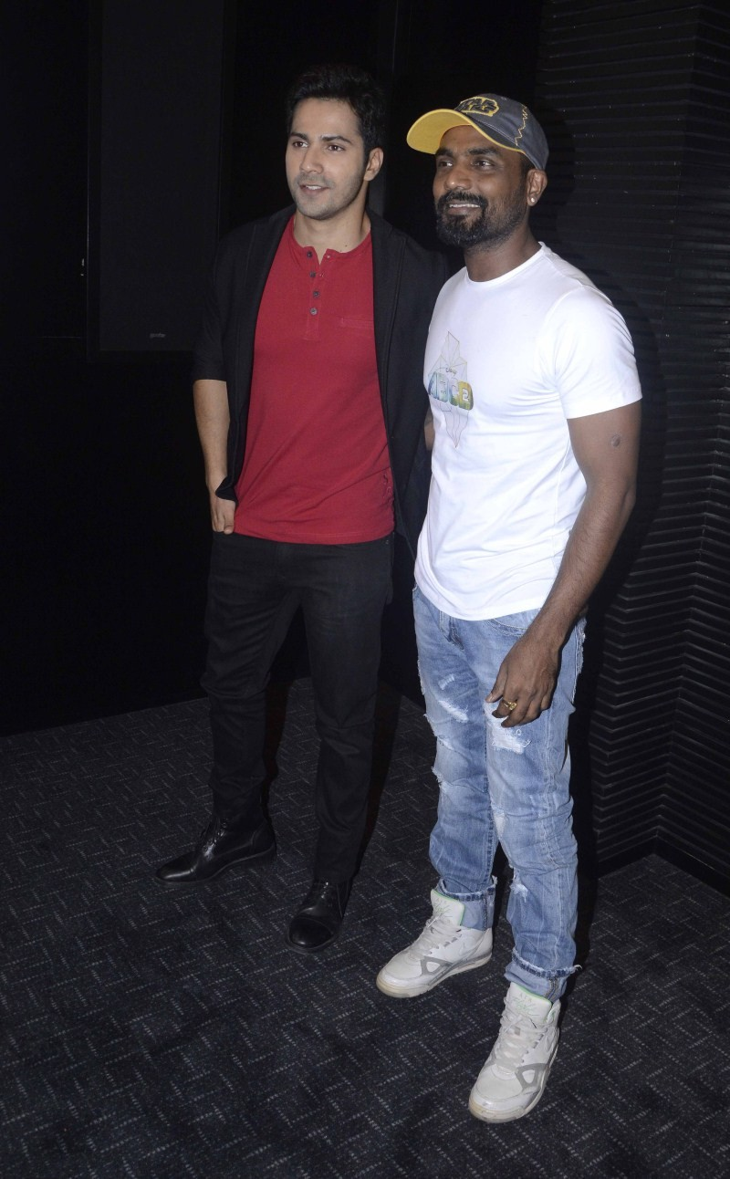 Varun Dhawan and Remo D'Souza Launched new song of his upcoming movie ABCD 2,Remo D'Souza Launched new song of his upcoming movie ABCD 2,Varun Dhawan Launched new song of his upcoming movie ABCD 2,ABCD 2,ABCD 2 songs,Varun Dhawan and Remo D'Souza,Varun Dh