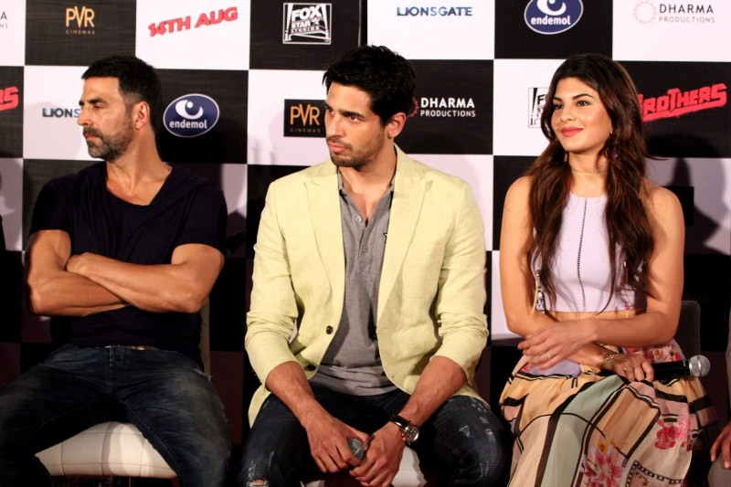 Brothers Trailer Launch,Akshay Kumar's Brothers Trailer Launch,Akshay Kumar,Karan Johar,Sidharth Malhotra,Jacqueline Fernandez,Akshay Kumar pics,Akshay Kumar at Brothers Trailer Launch,Jacqueline Fernandez at Brothers Trailer Launch