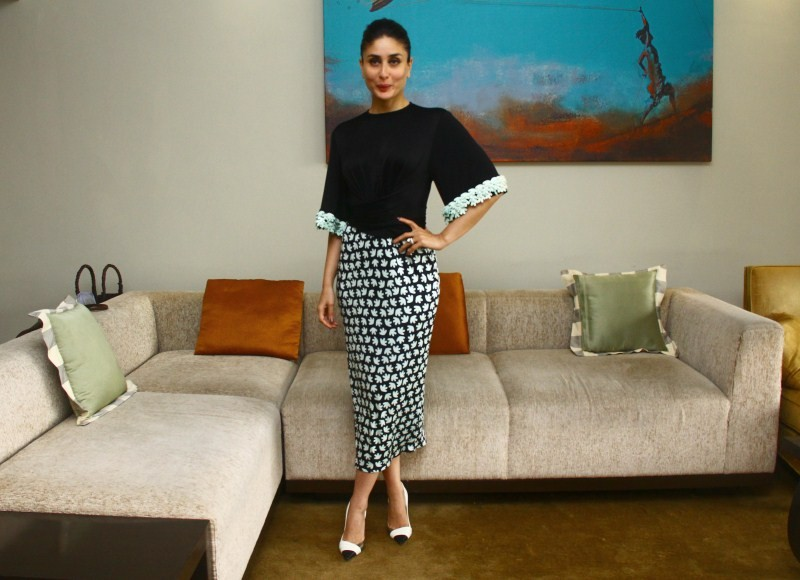 Bajrangi Bhaijaan,Kareena Kapoor,Kareena Kapoor in Bajrangi Bhaijaan,Bajrangi Bhaijaan movie,Kareena Kapoor interacts with Media,Kareena Kapoor pics,Kareena Kapoor images,Kareena Kapoor stills,Kareena Kapoor photos