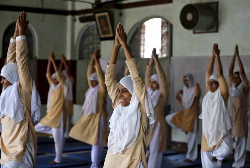Yoga Day,International Yoga Day,International Yoga Day 2015,Yoga Day 2015,2015 Yoga Day,Students practice yoga