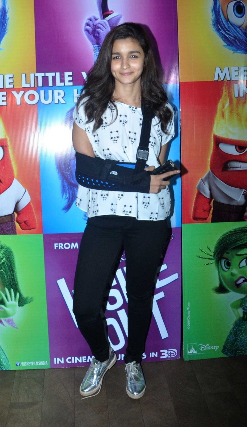 Alia Bhatt,actress Alia Bhatt,Alia Bhatt at Inside Out Special Screening,Inside Out Special Screening,Inside Out,Alia Bhatt pics,Alia Bhatt images,Alia Bhatt stills,Alia Bhatt photos,Alia Bhatt pictures
