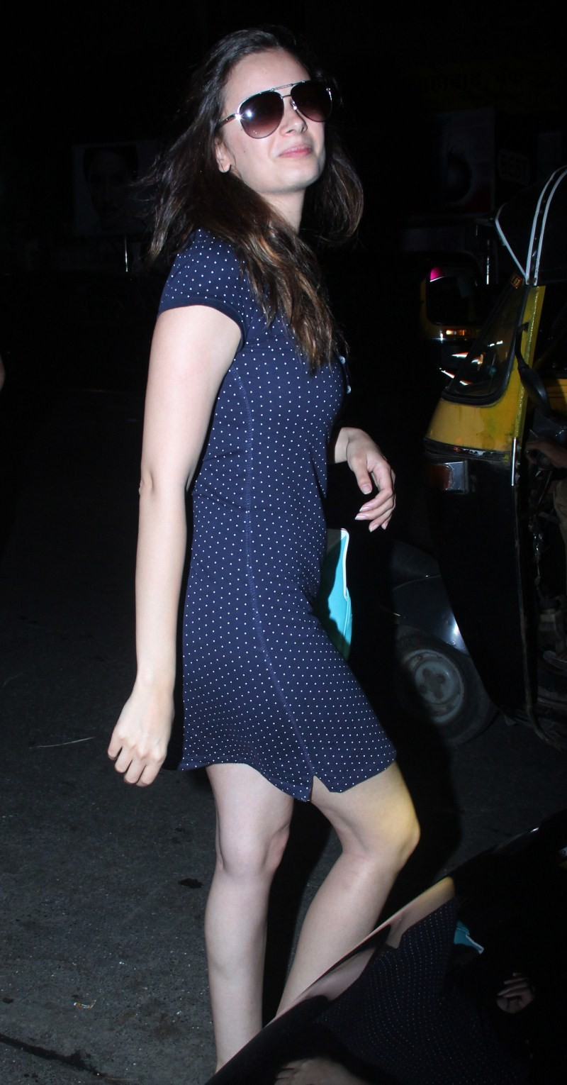 Evelyn Sharma,actress Evelyn Sharma,Evelyn Sharma snapped at Hakkasan in Bandra,Evelyn Sharma at Hakkasan,Evelyn Sharma pics,Evelyn Sharma images,Evelyn Sharma photos,Evelyn Sharma stills,Evelyn Sharma pictures,Evelyn Sharma hot pics