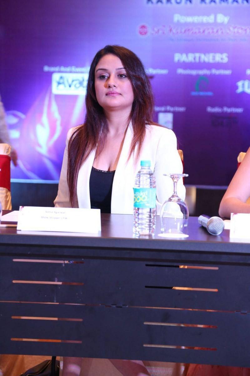 Sonia Agarwal,actress Sonia Agarwal,Sonia Agarwal at Chennai Fashion Week Press Meet,Chennai Fashion Week Press Meet,Chennai Fashion Week,Sonia Agarwal pics,Sonia Agarwal images,Sonia Agarwal photos,Sonia Agarwal stills,Sonia Agarwal pictures,Sonia Agarwa