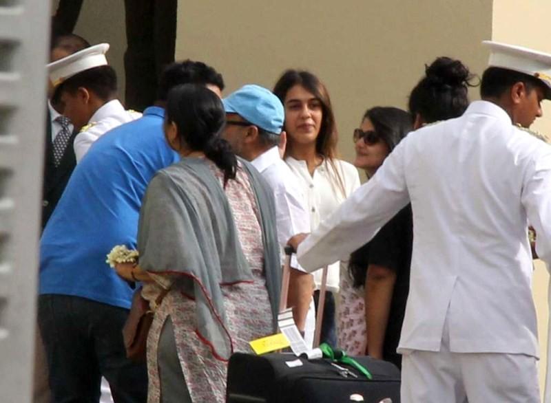 Shahid Kapoor and Mira Rajput Wedding,Shahid Kapoor Parents reaches Delhi for Shahid Kapoor and Mira Rajput Wedding,Shahid Kapoor Parents reaches Delhi,Shahid Kapoor Wedding,Shahid Kapoor Wedding pics,Shahid Kapoor Wedding images,Shahid Kapoor marriage pi