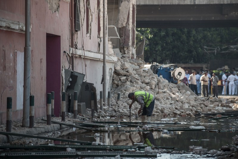 Car bomb,Car bomb detonates near Italian Consulate in Cairo,Italian Consulate in Cairo,Egyptian capital of Cairo,Italian Consulate,massive explosion