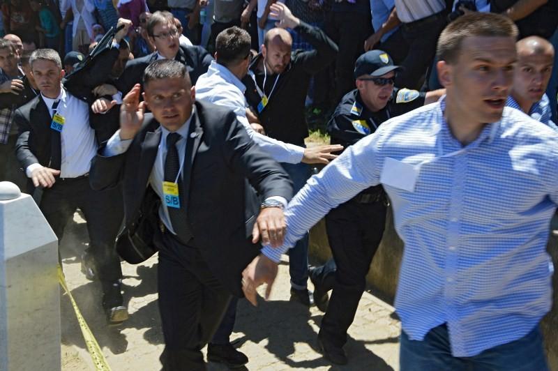 Serbian PM Attacked,Serbian PM Attacked at Srebrenica Ceremonies,Serbian Prime Minister Attacked By Crowds,Serbian Prime Minister,Serbia's interior minister,Nebojsa Stefanovic,scandalous attack,Aleksandar Vucic,Serbia's Prime Minister Aleksandar Vucic,Ser