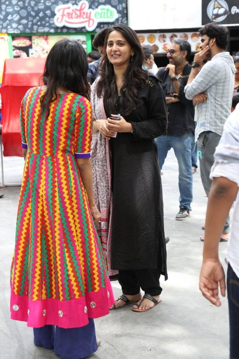 Anushka Shetty,actress Anushka Shetty,Anushka Shetty at Baahubali Success Meet,Baahubali Success Meet,Baahubali,Anushka Shetty Latest Pics,Anushka Shetty Latest images,Anushka Shetty Latest photos,Anushka Shetty Latest stills,Anushka Shetty Latest picture