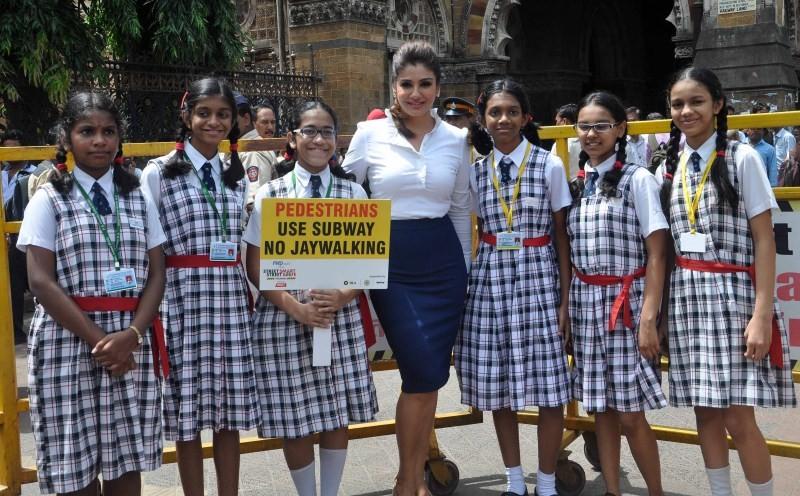 Raveena Tandon,actress Raveena Tandon,Raveena Tandon spreads awareness on using Helmet,Raveena Tandon latest pics,Raveena Tandon latest images,Raveena Tandon latest photos,Raveena Tandon latest picstills,Raveena Tandon latest pictures