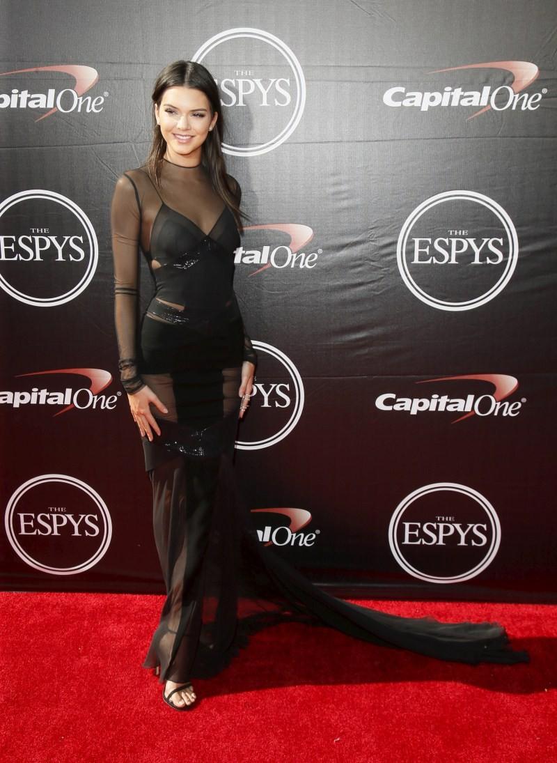 ESPY Awards 2015,ESPY Awards,Caitlyn Jenner,2015 ESPY awards,ESPN's annual celebration,celebrities,sport-ebrities,ESPY Awards 2015 pics,ESPY Awards 2015 images,ESPY Awards 2015 photos,ESPY Awards 2015 stills,ESPY Awards 2015 pictures,2015 ESPY Awards