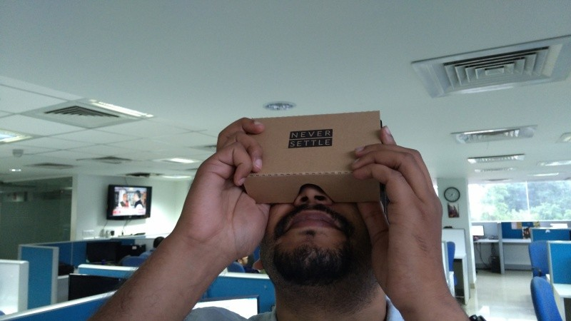 OnePlus VR,oneplus VR headset,OnePlus VR First Impression,OnePlus VR Hands On,OnePlus VR Review,Google CardBoard First Impression,Oneplus 2 launch 2015,OnePLus Carboard VR First Impression