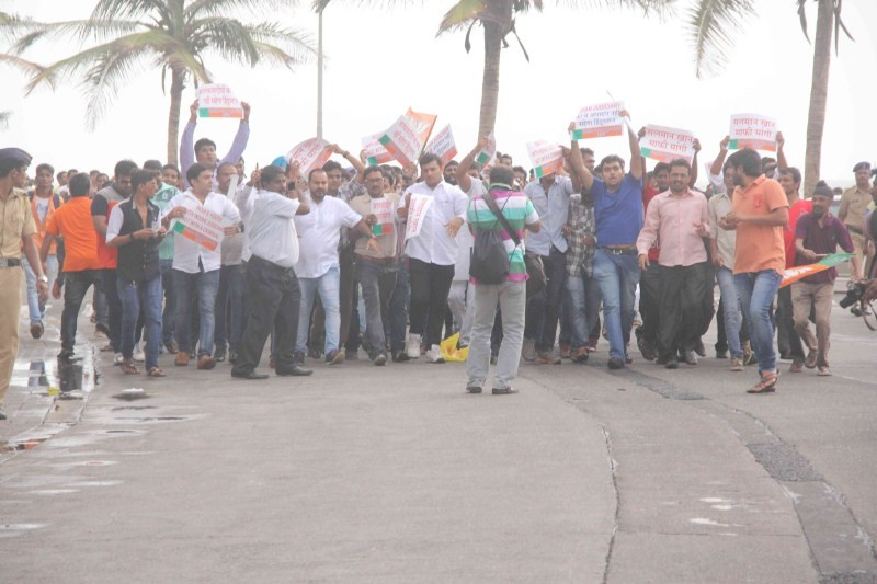 BJP protest,Salman Khan,Salman Khan retracts controversial tweet,Salman Khan controversial tweet,BJP fumes as Salman Khan tweets,Yakub Memon,Salman Khan sparks controversy