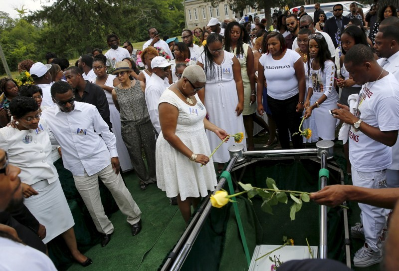 Sandra Bland's funeral held in Lisle,Sandra Bland funeral,Sandra Bland,Sandra Bland funeral pics,Sandra Bland funeral images,Sandra Bland funeral photos,Sandra Bland funeral stills,Sandra Bland funeral pictures