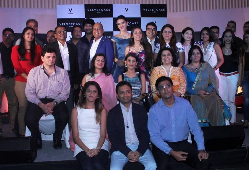 Kriti Sanon launches velvet case.com,Kriti Sanon,velvet case.com,Actress Kriti Sanon,Kriti Sanon latest pics,Kriti Sanon latest images,Kriti Sanon latest photos,Kriti Sanon latest stills,Kriti Sanon latest pictures