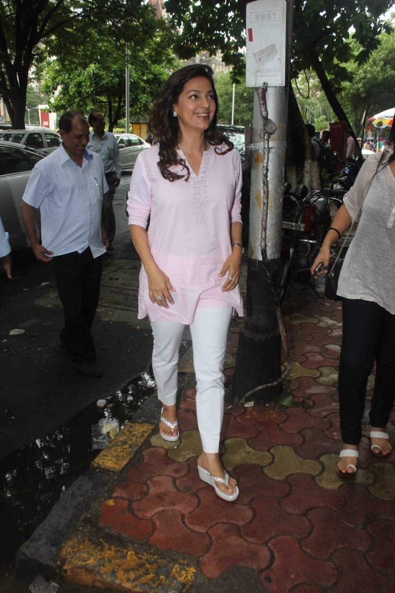 Juhi Chawla,actress Juhi Chawla,Juhi Chawla Latest Pictures,Juhi Chawla Latest pics,Juhi Chawla Latest images,Juhi Chawla Latest photos,Juhi Chawla Latest stills