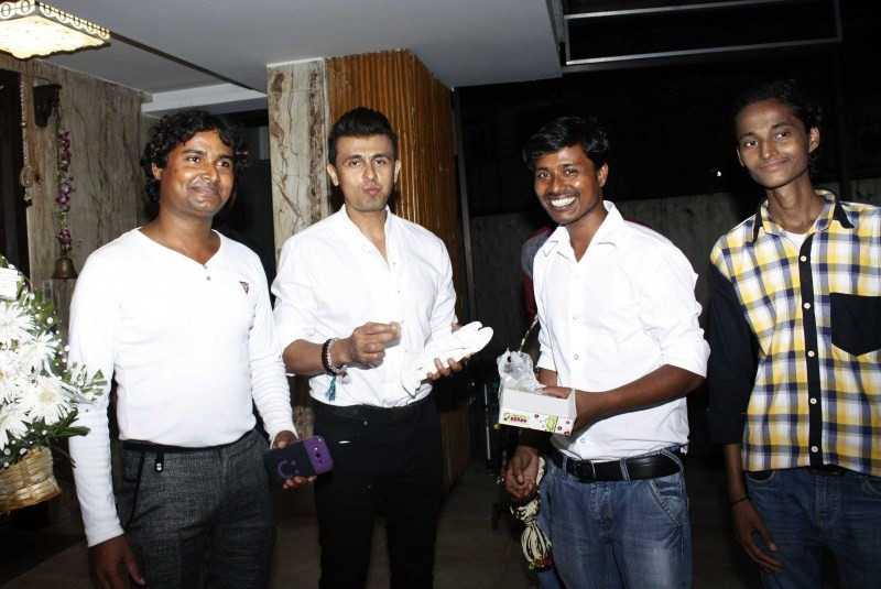 Sonu Nigam Birthday Party Pictures,Sonu Nigam Birthday Party,Sonu Nigam,singer Sonu Nigam,Sonu Nigam Birthday Party pics,Sonu Nigam Birthday Party images,Sonu Nigam Birthday Party stills,Sonu Nigam Birthday Party photos
