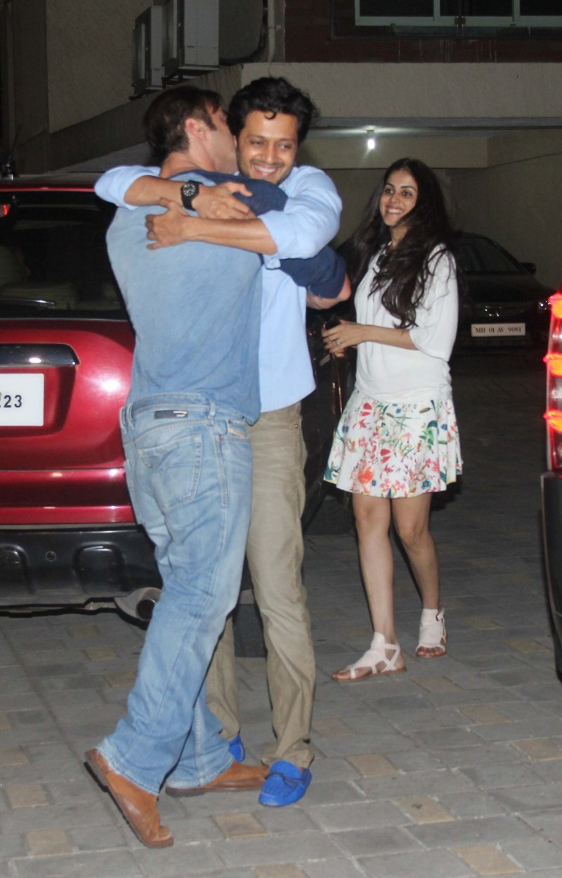 Genelia and Riteish Deshmukh at Arpita Khan's Birthday Celebration,Genelia and Riteish Deshmukh,Genelia,Genelia D'Souza,Riteish Deshmukh,Genelia at Arpita Khan's Birthday Celebration,Riteish Deshmukh at Arpita Khan's Birthday Celebrati