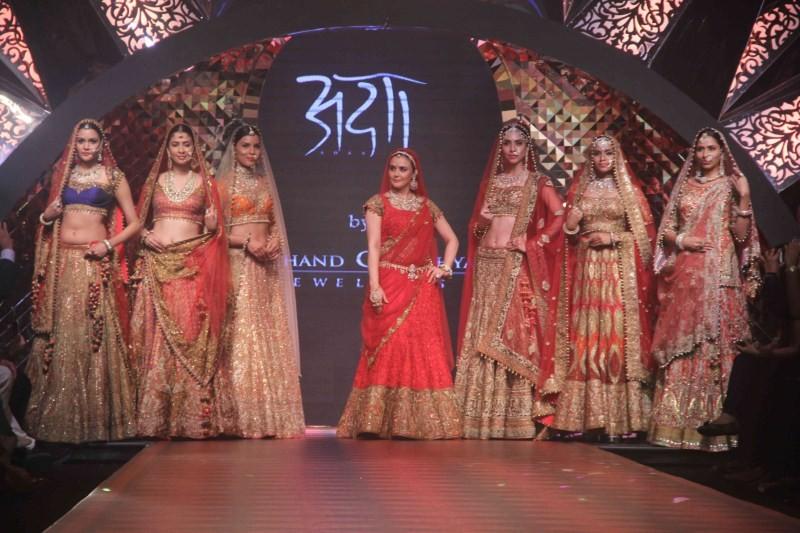 Preity Zinta,Preity Zinta turns Rajput Princess,Day 3 of IIJW 2015,IIJW 2015,IIJW,India International Jewellery Week 2015,India International Jewellery Week,Preity Zinta at IIJW 2015,actress Preity Zinta,Preity Zinta latest pics,Preity Zinta latest images