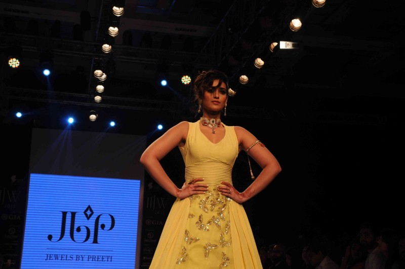 Ileana D'Cruz,Ileana,actress Ileana D'Cruz,Ileana D'Cruz at IIJW 2015,Ileana at IIJW 2015,IIJW 2015,India International Jewellery Week 2015,India International Jewellery Week,Ileana D'Cruz latest pics,Ileana D'Cruz latest images,I