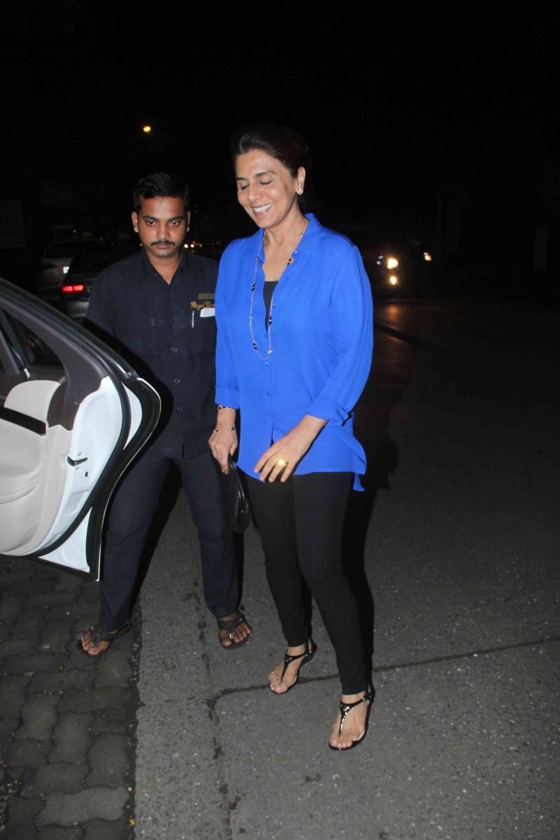 Rishi Kapoor,Neetu,Rishi Kapoor Spoted at Bandra,Neetu Spoted at Bandra,Rishi Kapoor and Neetu
