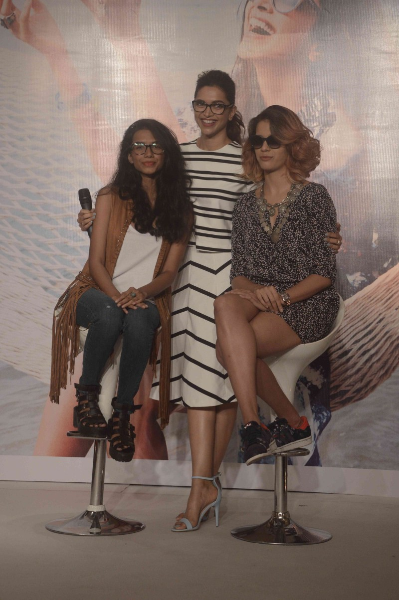 Deepika Padukone,Capsule collection of Vogue Eyewear,Deepika Padukone launches of new Capsule collection of Vogue Eyewear,actress Deepika Padukone,Deepika Padukone latest pics,Deepika Padukone latest images,Deepika Padukone latest photos,Deepika Padukone