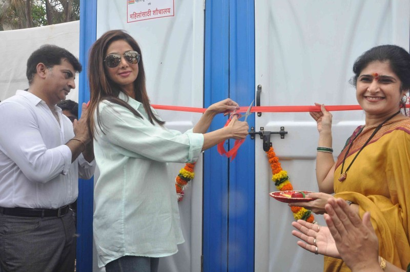Sridevi,Sridevi inaugurates Sulabh Public Toilet,Sulabh Public Toilet,Sulabh Public Toilet in Mumbai,sridevi kapoor,actress Sridevi,Sridevi latest pics,Sridevi latest images,Sridevi latest photos,Sridevi latest stills,Sridevi latest pictures