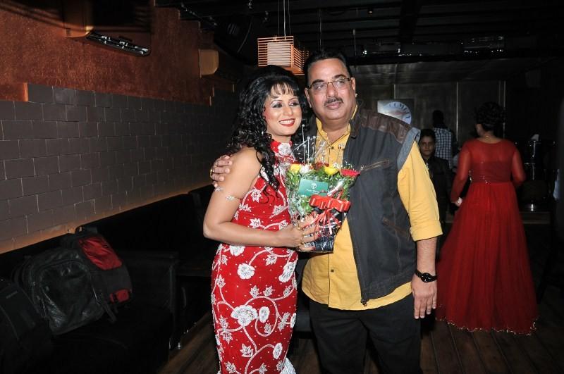 Bhojpuri actress Sangeeta Tiwari's Birthday Bash,Sangeeta Tiwari's Birthday Bash,Sangeeta Tiwari Birthday Bash,Sangeeta Tiwari Birthday celebration,Sangeeta Tiwari,Bhojpuri actress Sangeeta Tiwari,Sangeeta Tiwari Birthday Bash pics,Sangeeta Tiwa