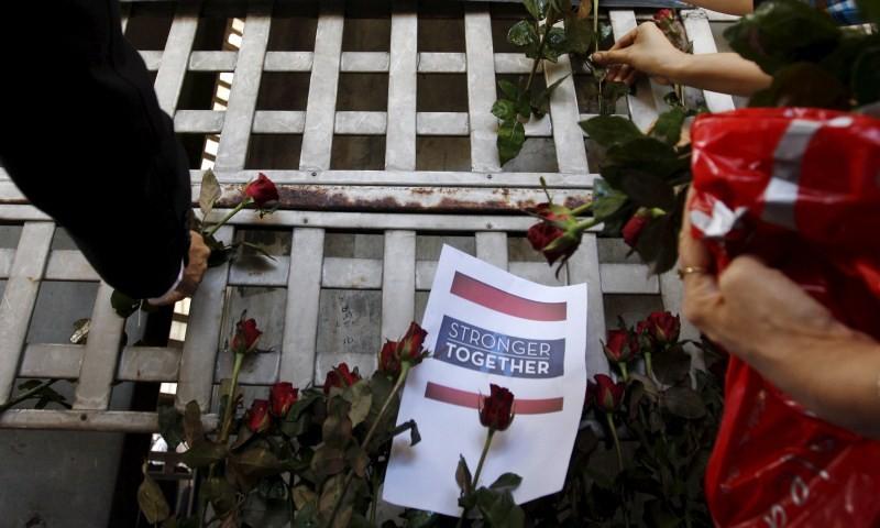 Bangkok Blast,Mourning Kin of Victims,Mourning Bangkok Bomb Victims,Bangkok Bomb Victims,Mourning