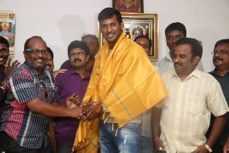 Vishal,Vishal Birthday Celebration,actor Vishal,Vishal Birthday Celebration pics,Vishal Birthday Celebration images,Vishal Birthday Celebration photos,Vishal Birthday,Vishal Birthday Celebration stills,Vishal Birthday Celebration pictures