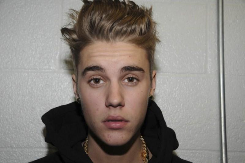 Justin Bieber,singer Justin Bieber,Justin Bieber Hair Hairstyles,Justin Bieber new Hair Hairstyles,Hair Hairstyles,celebs Hair Hairstyles,different type of Hair Hairstyles