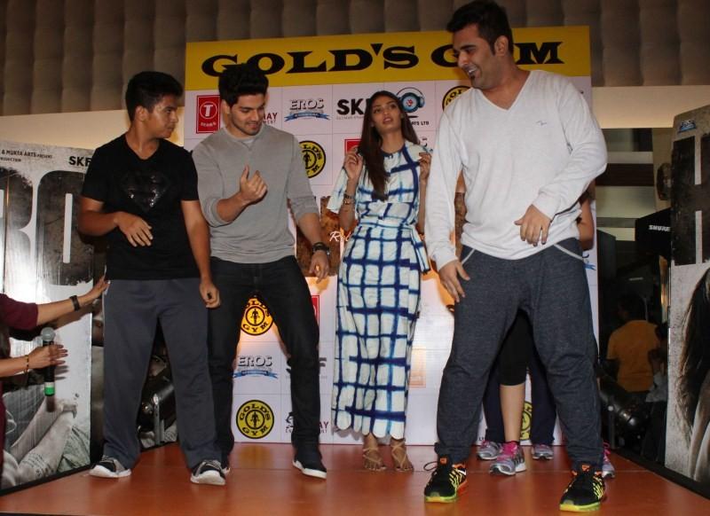Suraj Pancholi,Athiya Shetty,Suraj Pancholi and Athiya Shetty,Hero Movie promotion at Gold Gym Bandra,Hero Movie promotion,bollywood movie hero