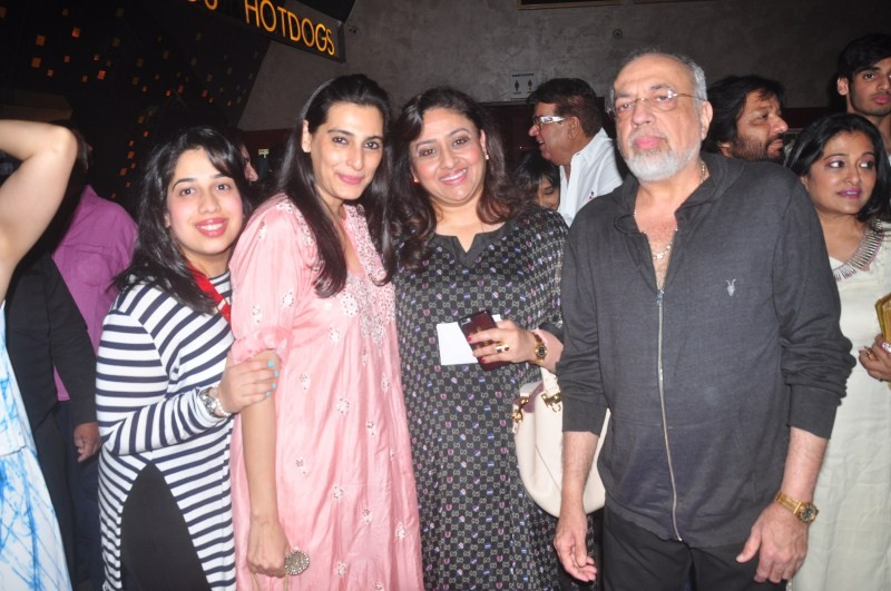 Hero,hero special screening,Suniel Shetty,Mana Shetty,Nikhil Advani