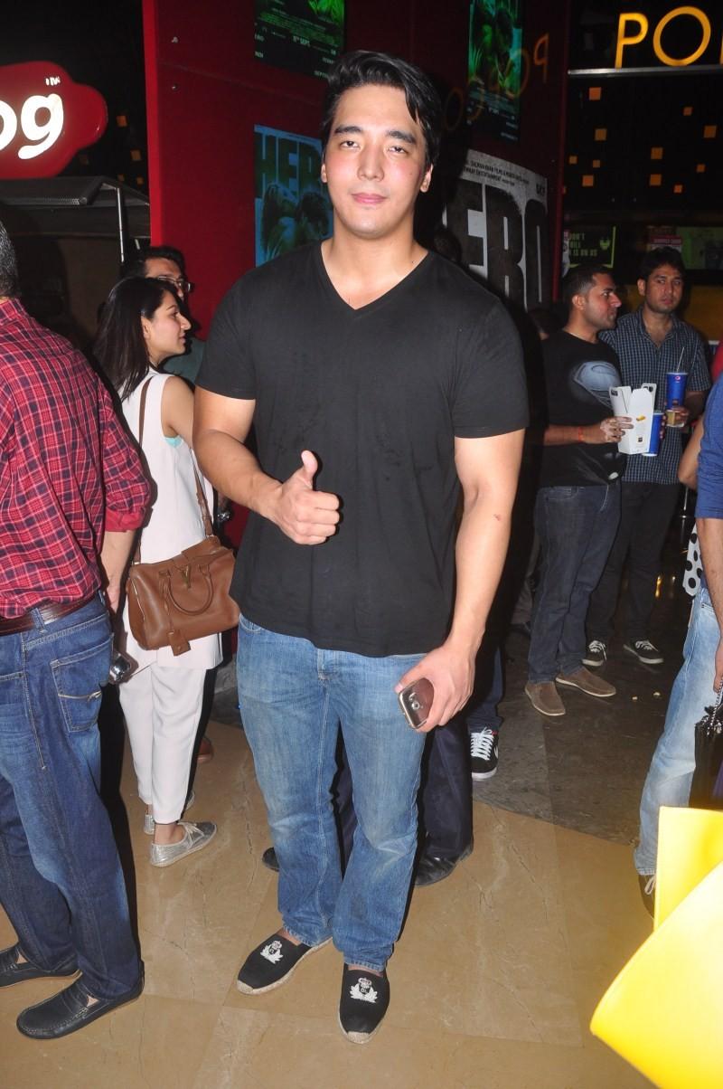 Hero,hero special screening,Suniel Shetty,Mana Shetty,Nikhil Advani