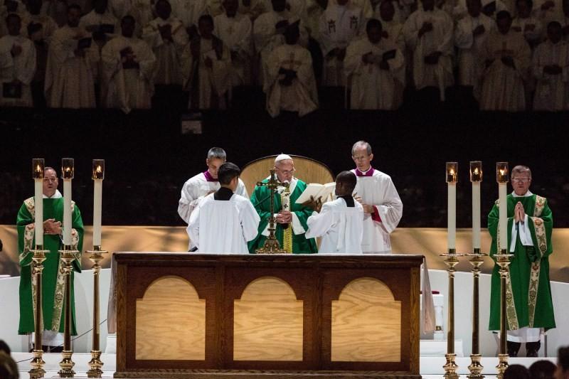 Pope Francis,Pope Francis leads mass,Pope Francis leads mass at Madison Square Garden,Madison Square Garden,Pope Francis at Madison Square Garden