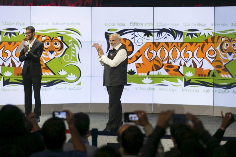 Narendra Modi,modi,Indian Prime minister,PM Modi meets Google CEO Sundar Pichai,Google CEO Sundar Pichai,Sundar Pichai,Modi meets Sundar Pichai,Google headquarters,Silicon Valley tour,Silicon Valley