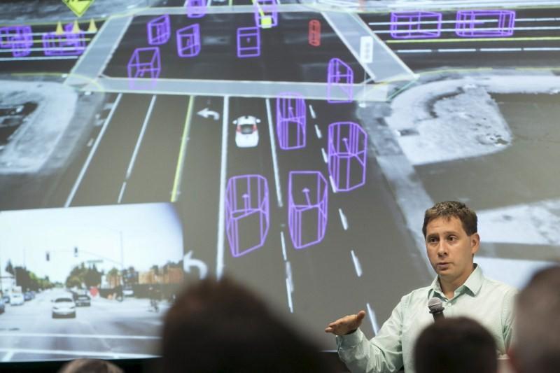 Google self-driving car,Google self-driving car prototype,Google self-driving car prototype preview,Google self-driving car prototype meets the press,Meet Google's self-driving car