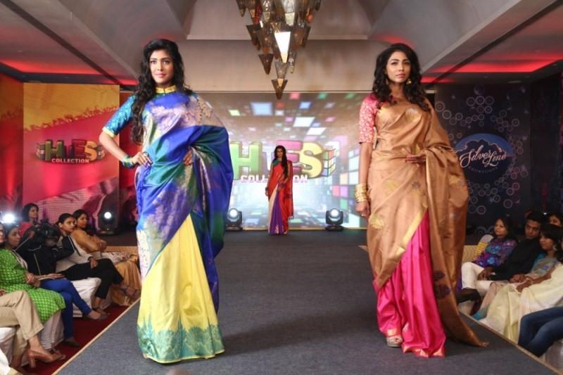 Palam Silks Festive Collections 2015 Fashion Show,Palam Silks Festive Collections 2015,Palam Silks Festive,Fashion Show,Fashion Show event,Surya Ganapathy,Poorthi Pravin,Sunil Menon