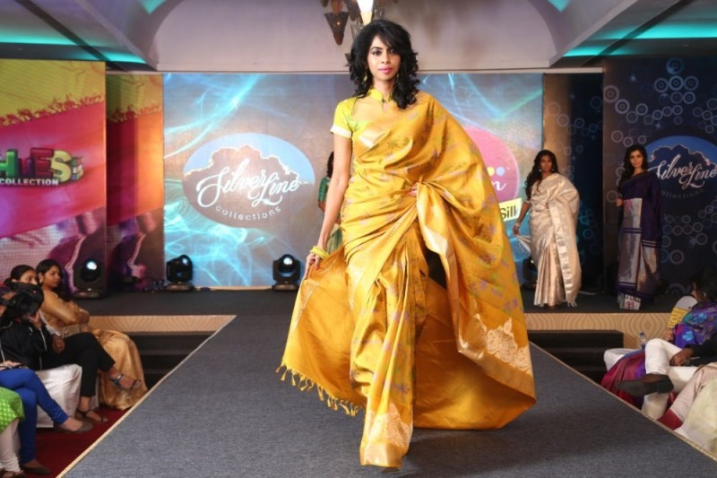 Palam Silks Festive Collections 2015 Fashion Show,Palam Silks Festive Collections 2015,Palam Silks Festive,Fashion Show,Fashion Show event,Surya Ganapathy,Poorthi Pravin,Sunil Menon