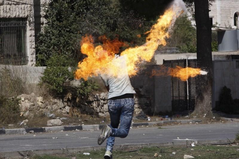 Palestinian-Israeli tensions,Israelis,Palestinians,Muslim anger,al-Aqsa mosque,Jewish,Arabian Peninsula