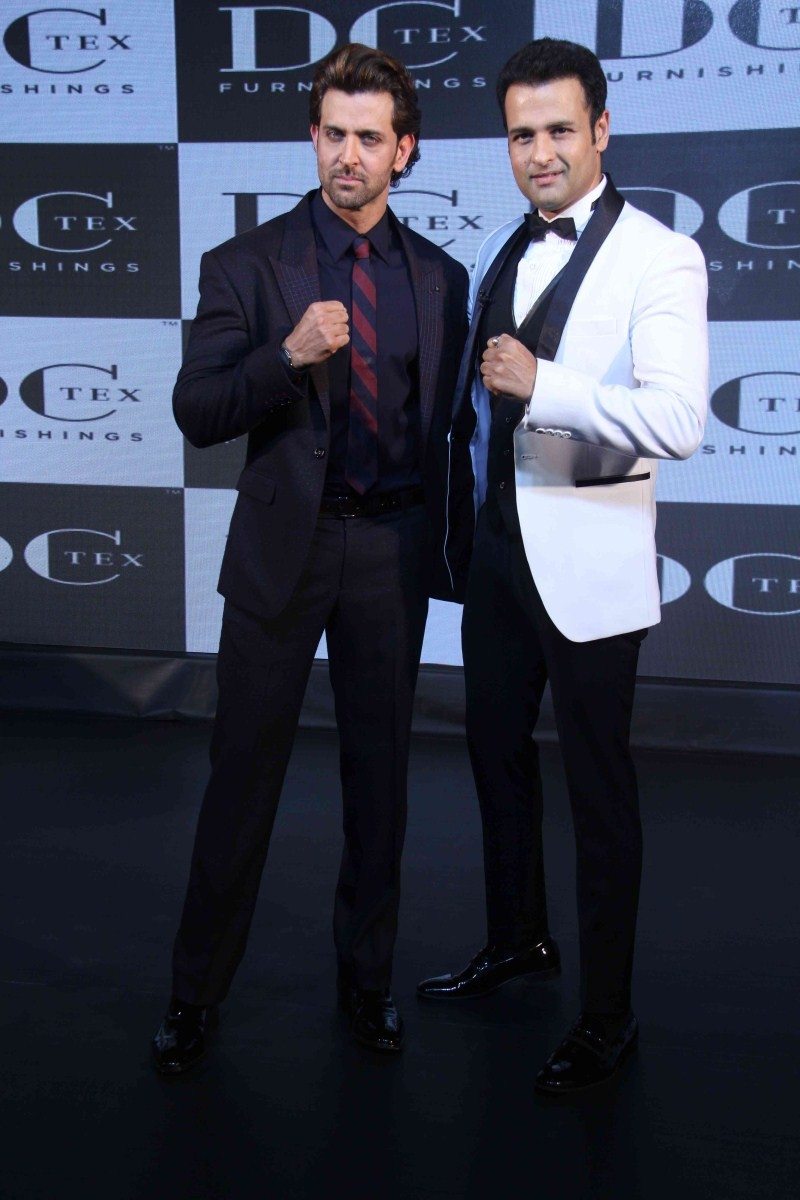 Hrithik Roshan,actor Hrithik Roshan,Rohit Roy,Dctex new furnish,Hrithik Roshan launches Dctex new furnish,Dream Runner