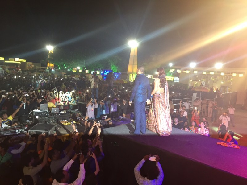 Salman Khan,actor Salman Khan,Prem Ratan Dhan Payo,Prem Ratan Dhan Payo promotion,Prem Ratan Dhan Payo movie promotion,Salman Khan promotes Prem Ratan Dhan Payo in Ahmedabad,Salman Khan in Ahmedabad,Salman playing Garba in Ahmedabad,Salman playing Garba