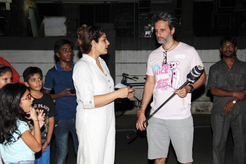 Raveen Tandon celebrates Dussehra,Raveen Tandon,actress Raveen Tandon,Dussehra,Dussehra celebration,celebs celebrates Dussehra,Dussehra festival,navaratri