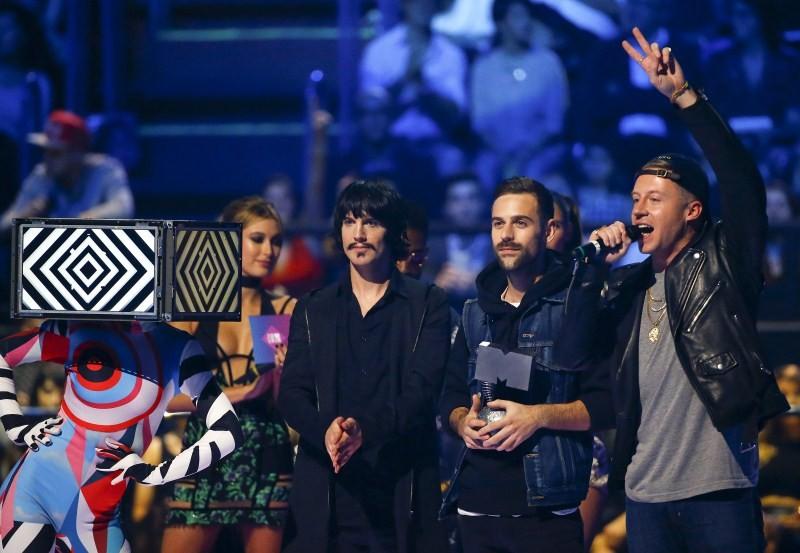 MTV EMA Awards,MTV EMA Awards 2015,EMA Awards,EMA Awards 2015,Justin Bieber,Pharrell Williams,Tori Kelly,MTV EMA Awards pics,MTV EMA Awards images,MTV EMA Awards photos,MTV EMA Awards stills,MTV EMA Awards pictures