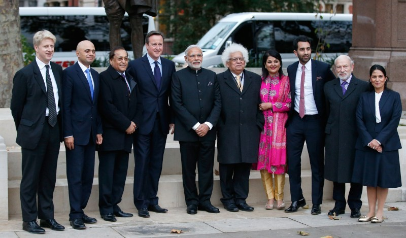Narendra Modi,Narendra Modi UK Visit,Narendra Modi UK Visit Day 1,Narendra Modi in UK,Narendra Modi addesses,David Cameron,modi and David Cameron,Narendra Modi and David Cameron