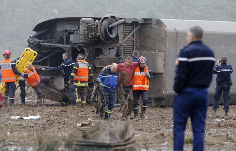 French train derails,French train derails on test run,train derails on test run,Paris to Strasbourg,trial train
