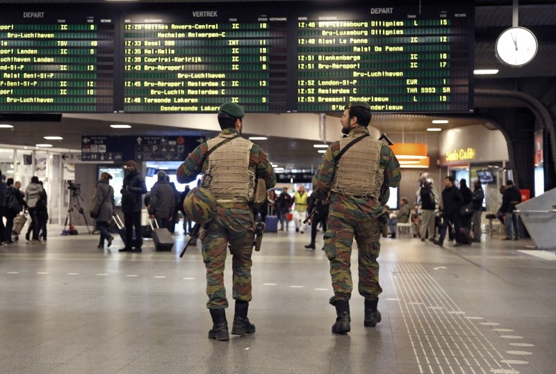 Brussels Terror Alert,Terror Alert,Paris attacks,Paris terror attack,Soldiers patrolled,Brussels security