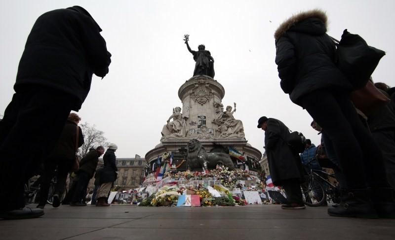 Paris Attack,Paris Attack 2015,Victim families pay tribute,memorial ceremony