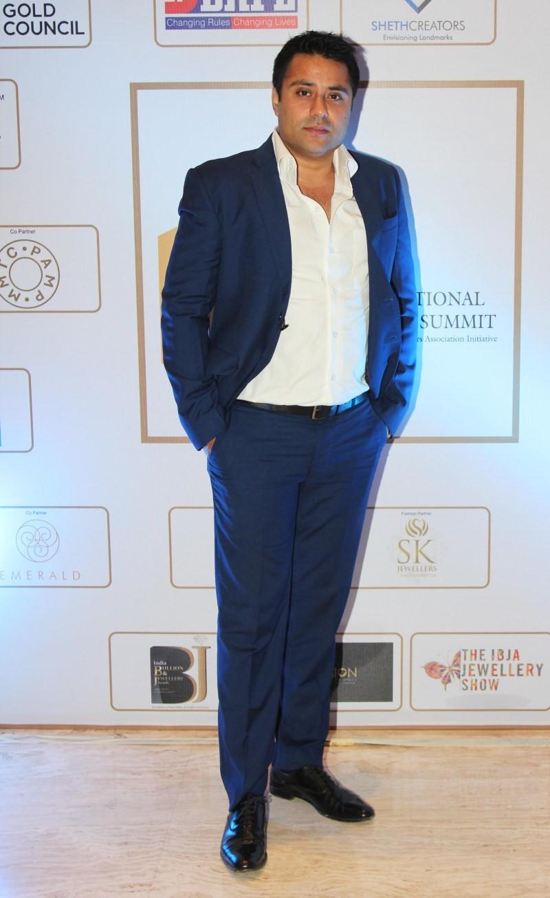 IBJA Awards 2015,IBJA Awards,Anil Kapoor,Raveena Tandon,Sunny Leone,Vidyut Jamwal,IBJA Awards 2015 pics,IBJA Awards 2015 images,IBJA Awards 2015 photos,IBJA Awards 2015 stills,IBJA Awards 2015 pictures