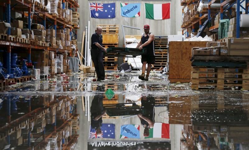 Rare tornado,Tornado takes Sydney,Tornado hits Sydney,thunderstorms,thunderstorms hits Australia,thunderstorms hits Sydney